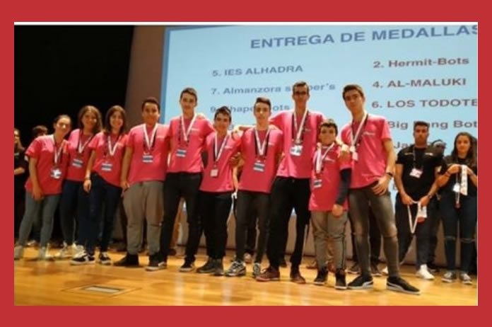 Miembros componentes del equipo de robótica del IES ALTO ALMANZORA de Tíjola