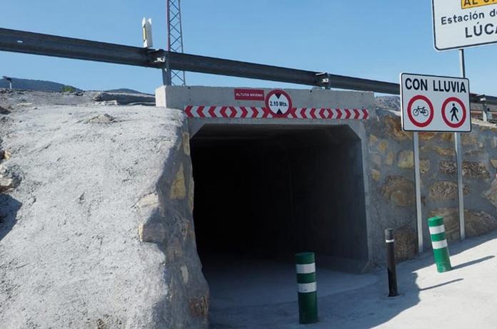 Paso subterráneo en Tíjola